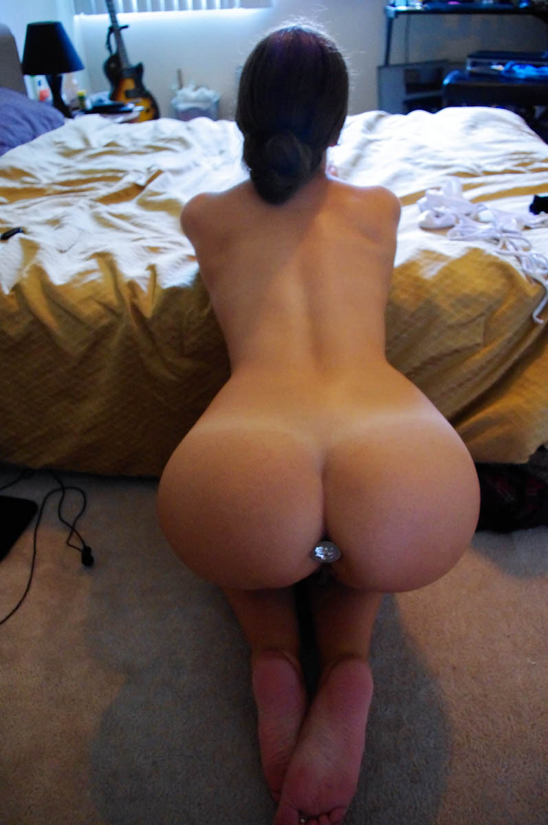 Amateur Shaved Pussy Photos