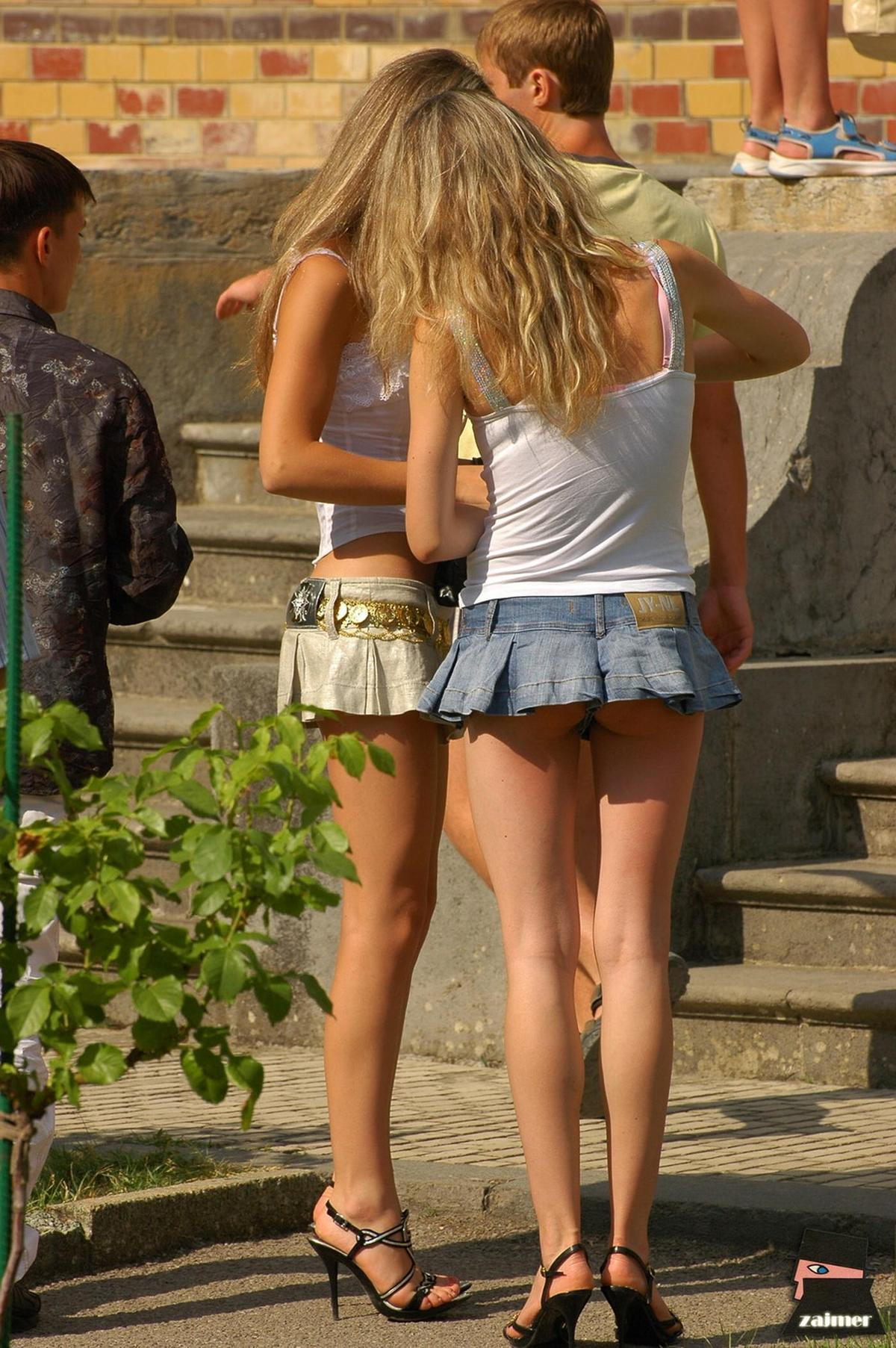 Amature Non Nude Swede Girls