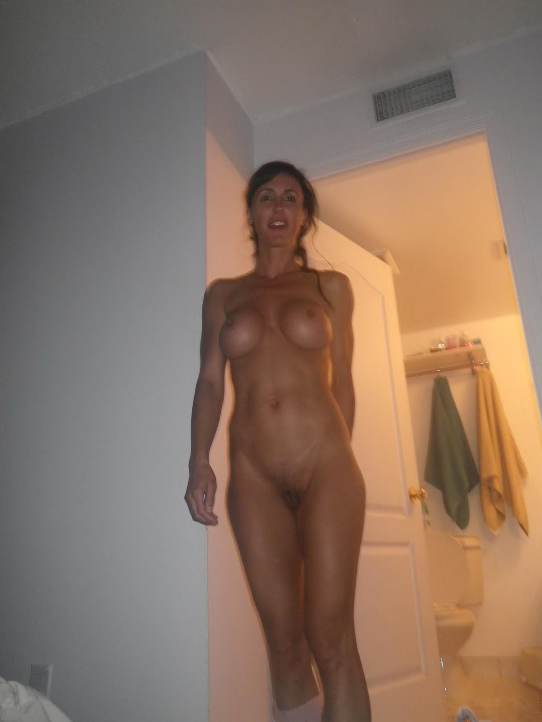 Net Voyeur Amateur Wives Submitted